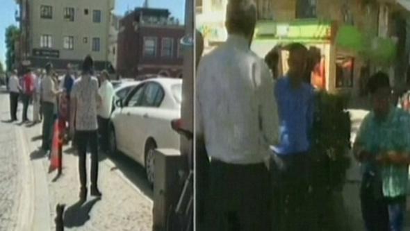 Şiddetli sarsıntı sonrası Marmara ve Ege'de vatandaşlar sokağa döküldü