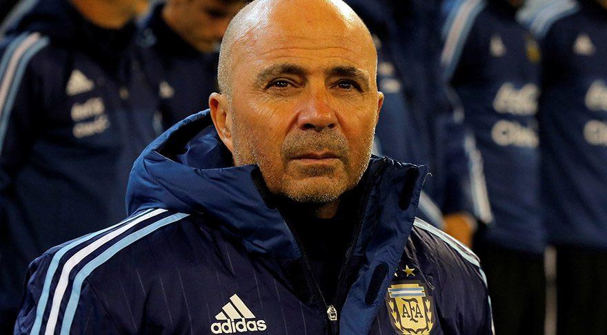 Arjantin teknik direktöründen ilginç diziliş