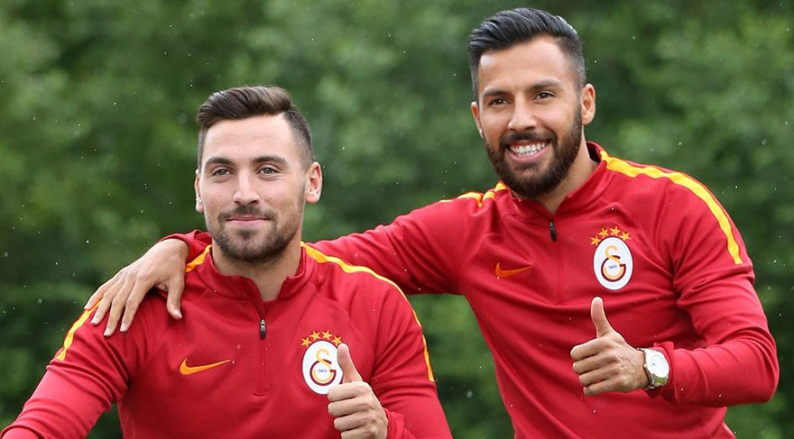 Podolski Sinan ve Yasin'i böyle savundu