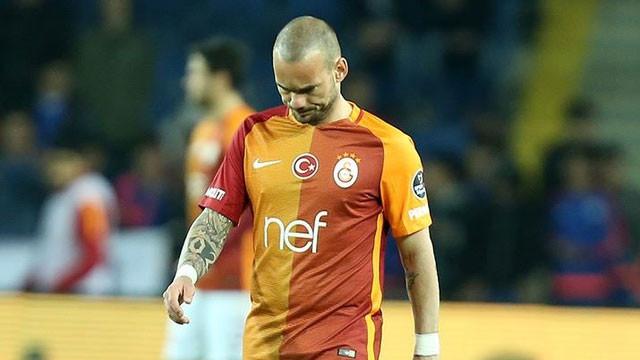 Wesley Sneijder'e kötü haber geldi !