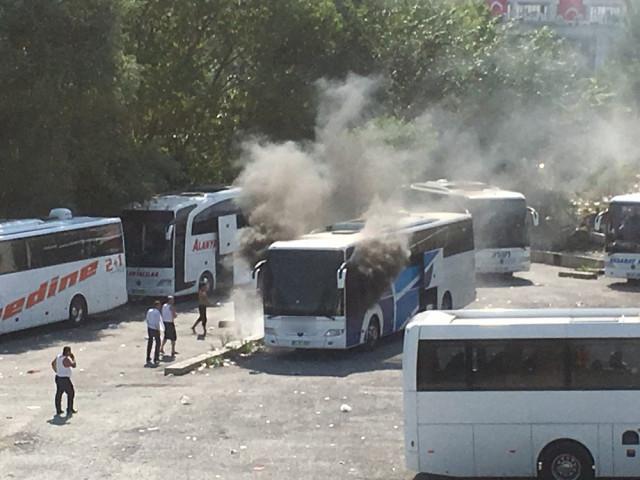 Bayrampaşa'daki otogarda korkutan yangın