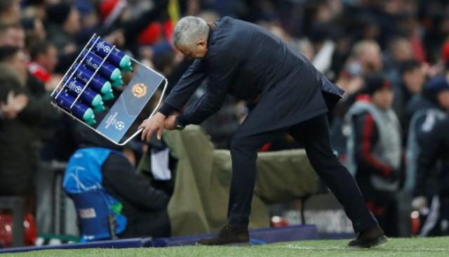 Jose Mourinho uzatmalarda gelen gol sonrası çılgınca sevindi