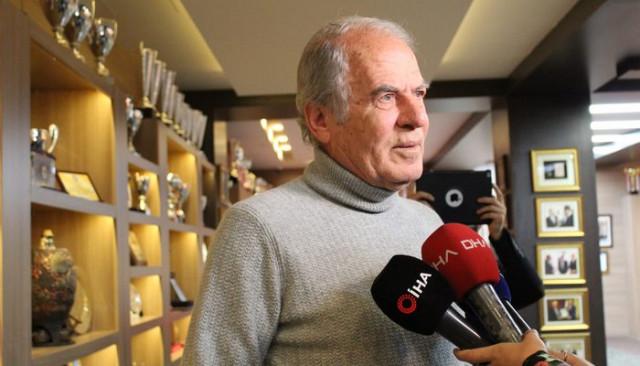 Mustafa Denizli: Ara transfer dönemini değerlendireceğiz