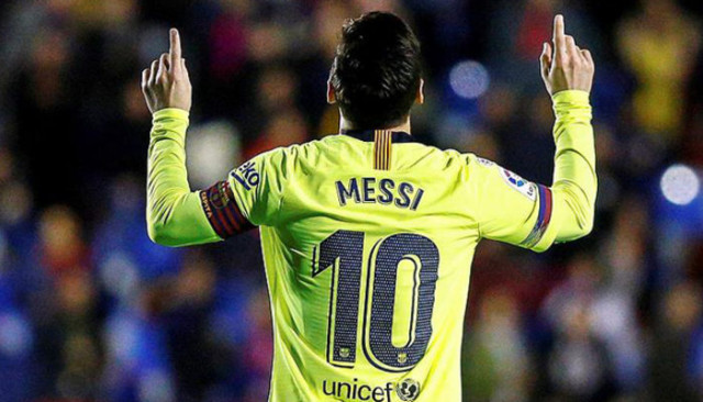 Messi La Liga'da gol krallığı yarışında ilk sıraya yükseldi