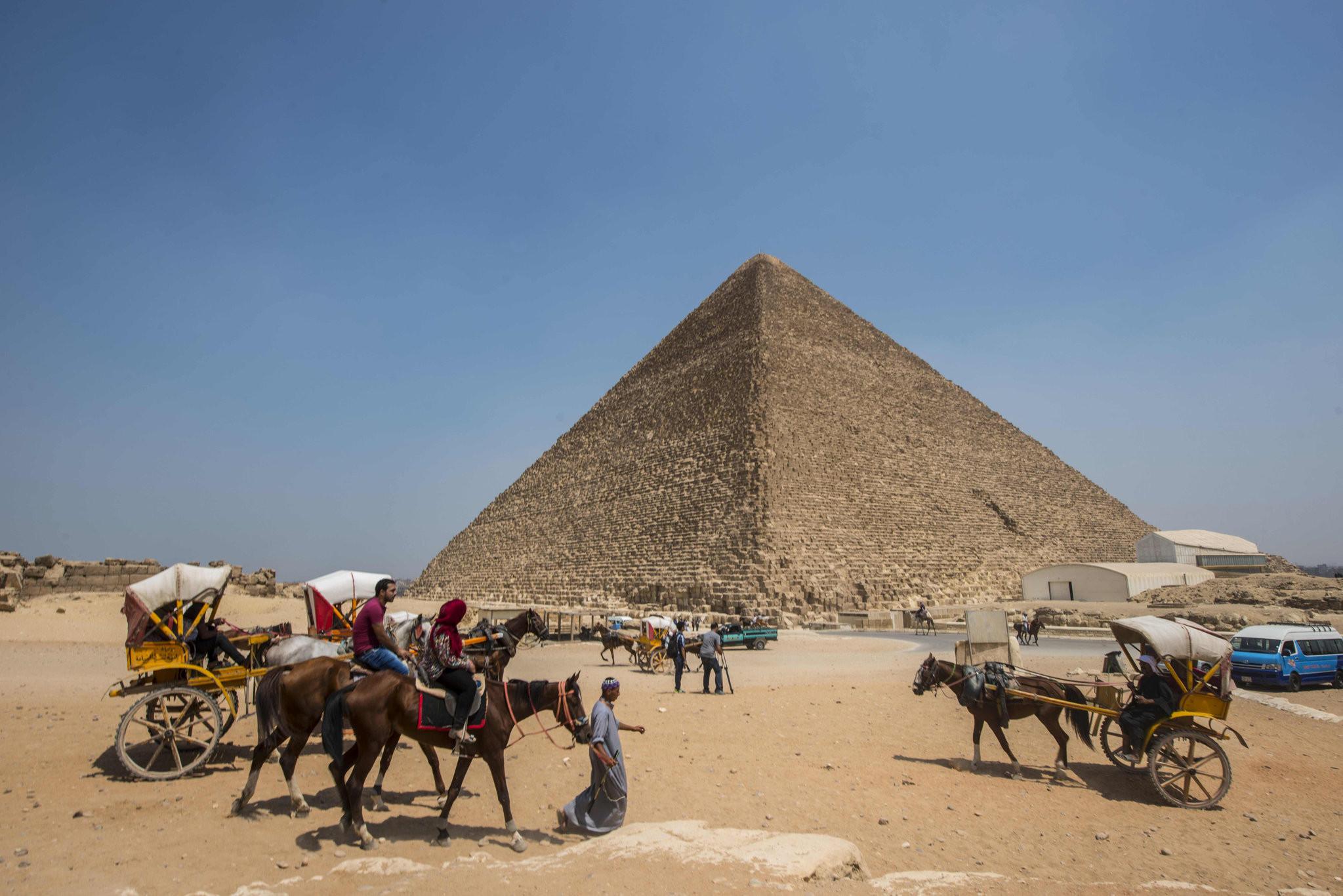Piramitlerin gizemi çözüldü mü ? Bilim dünyası bunu konuşuyor