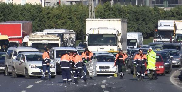 İstanbul'da zincirleme kaza ! Trafik kilitlendi