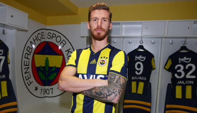 Serdar Aziz sosyal medyadan Galatasaray'a teşekkür etti
