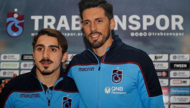 Abdülkadir Ömür: Trabzonspor 'git' derse giderim, 'kal' derse kalırım
