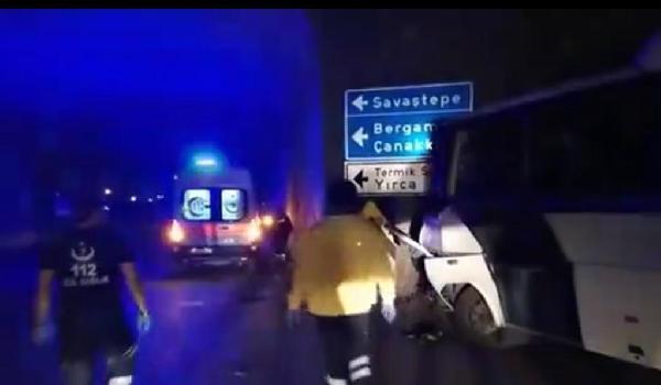 Madencileri taşıyan midibüs kaza yaptı: Çok sayıda yaralı var
