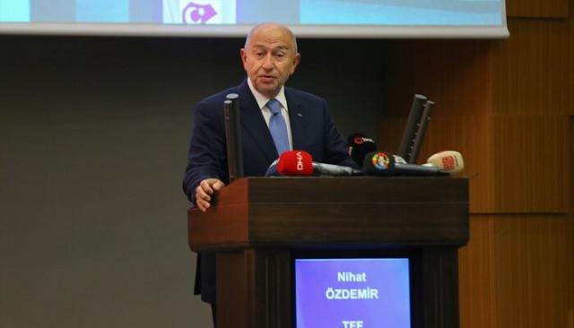 Nihat Özdemir yabancı oyuncu kararını açıkladı!