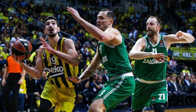 Fenerbahçe Beko 76 - 79 Zalgiris