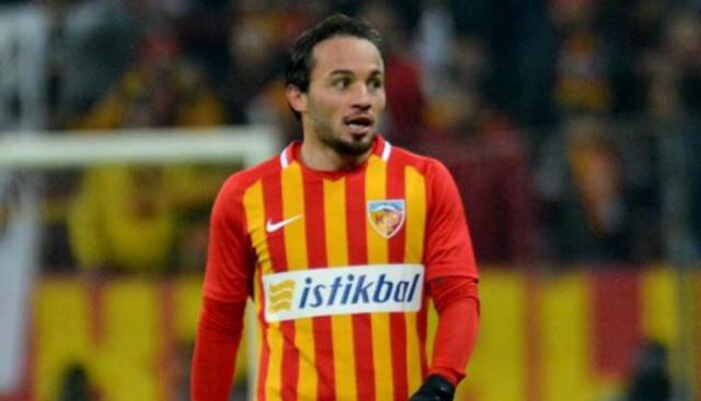 Ziya Alkurt: Benden Messi olmamı bekliyorlar herhalde