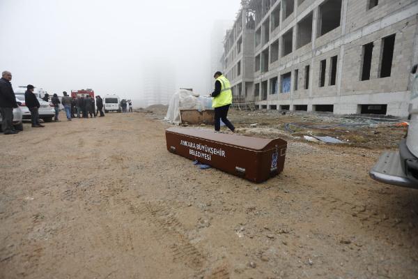 Ankara'da okul inşaatında iskele faciası: 1 ölü, 1 yaralı!