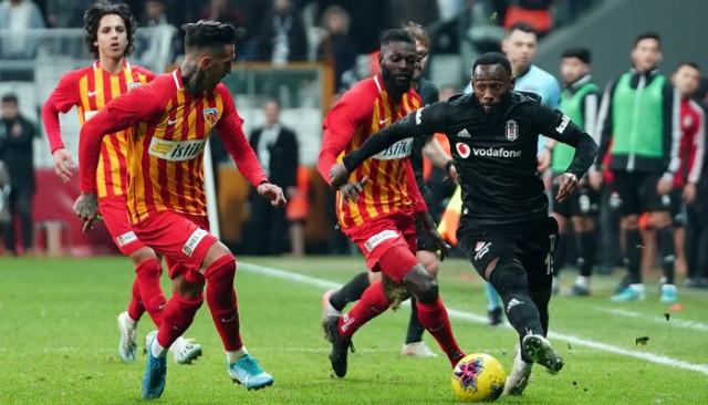 Emmanuel Adebayor Kayserispor'dan ayrıldığını açıkladı!