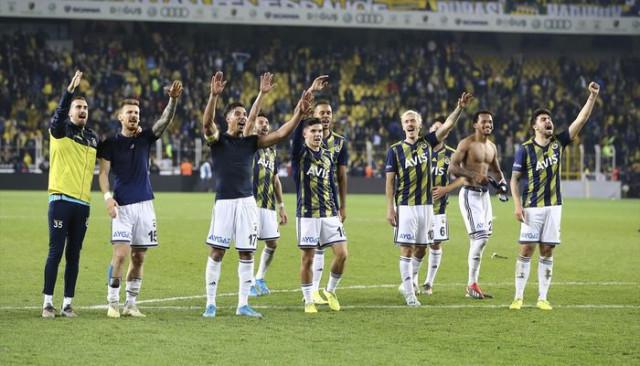 Fenerbahçe'de Serdar Aziz cezalı duruma düştü