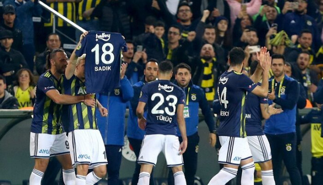 Max Kruse'nin gol sevinci Sadık Çiftpınar'ı ağlattı