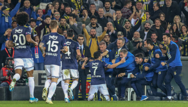 Leicester City ve Crystal Palace Ozan Tufan'ı izledi