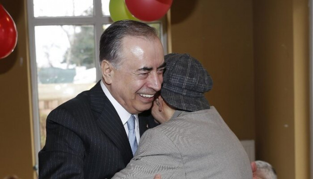 Mustafa Cengiz'den Galatasaraylılar Yurdu'na ziyaret