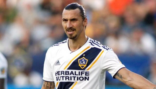 Zlatan Ibrahimovic'in yeni takımı Milan oldu