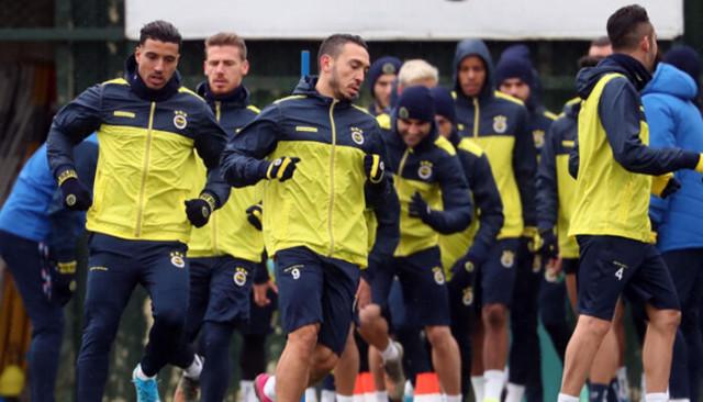 Fenerbahçe'nin Çaykur Rizespor maçı kadrosu belli oldu