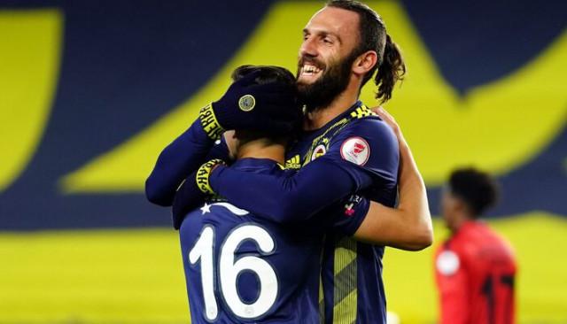 ÖZET   Fenerbahçe 4-0 İstanbulspor maç sonucu