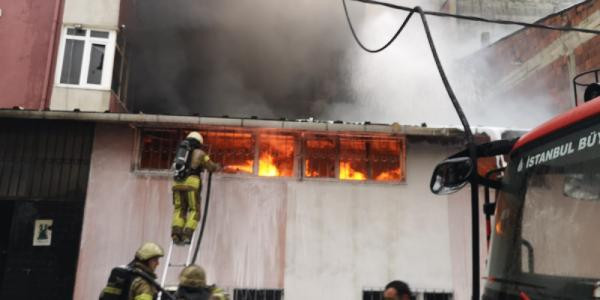 İstanbul'da tekstil atölyesinde yangın paniği