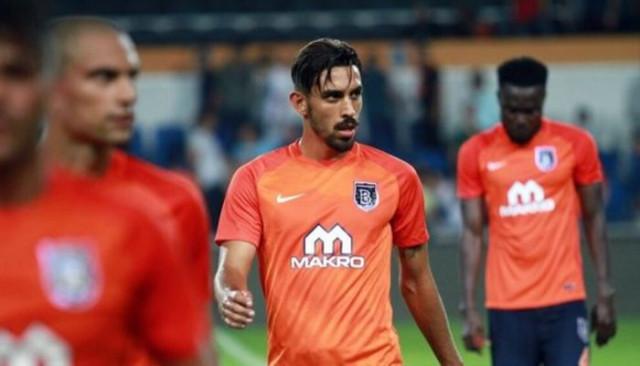 Başakşehirli İrfan Can Kahveci'yi West Ham United'a önerdiler