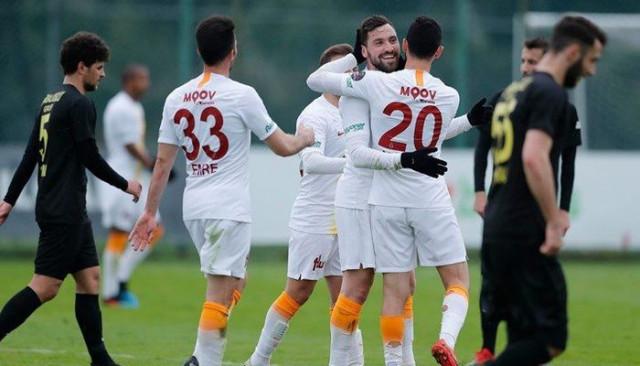 Galatasaray hazırlık maçında İstanbulspor'u 2-0'la geçti