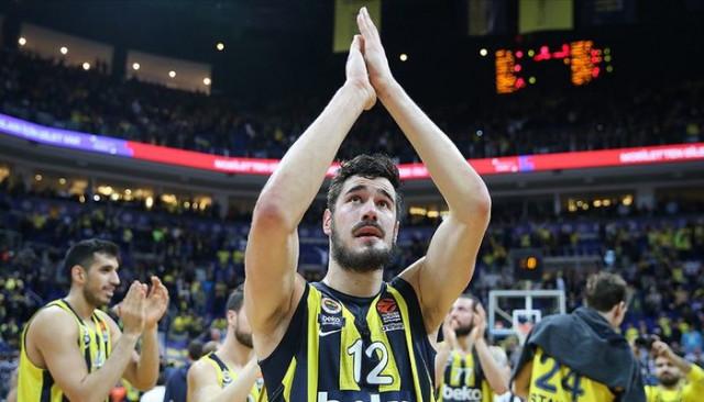 Fenerbahçe Beko'lu Kalinic: Avrupa'da Fenerbahçe'den sonra gidilebilecek çok takım yok