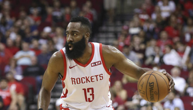 James Harden, Sacramento Kings karşısında Houston Rockets'ı taşıdı