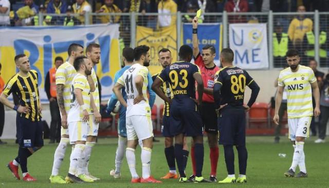 Tahkim Kurulu Mehmet Ekici'nin 3 maçlık cezasını onadı