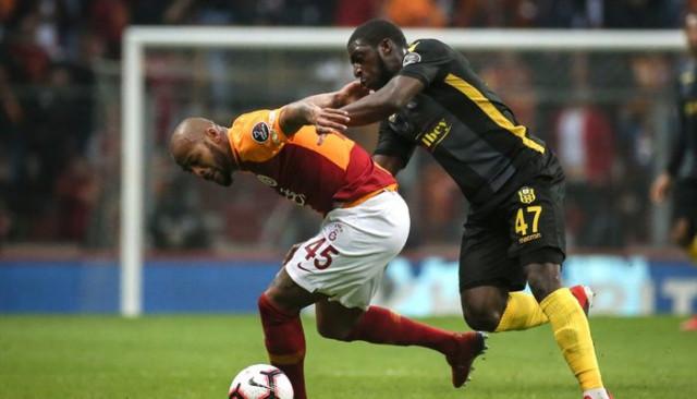 Cezalı duruma düşen Marcao, Fenerbahçe derbisinde yok