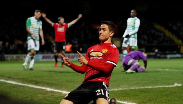 Manchester United'dan Herrera'ya veda