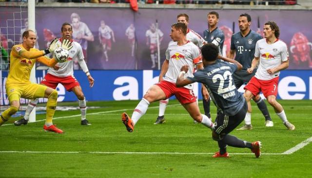Leipzig 0 - 0 Bayern Münih (Borussia Dortmund 3 - 2 Fortuna Düsseldorf)