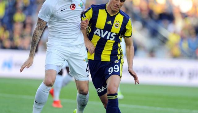 Fenerbahçe'de Eljif Elmas haftaya yok