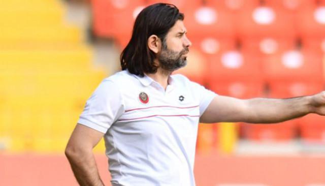 Kasımpaşa'nın yeni teknik direktörü İbrahim Üzülmez