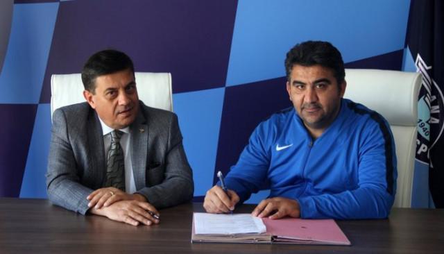 Adana Demirspor, Ümit Özat ile sözleşme uzattı