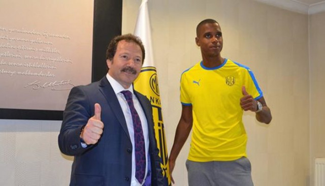 Ankaragücü'nde Ricardo Faty sözleşmesini feshetti