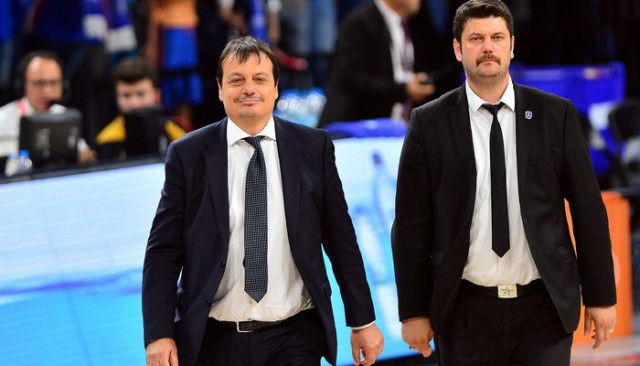 Ergin Ataman'ın 4. lig şampiyonluğu