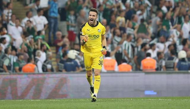 Bursasporlu Muhammet Şengezer'e Sevilla, Atletico Madrid ve Galatasaray talip