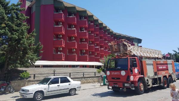 Antalya'da beş yıldızlı otelde yangın paniği