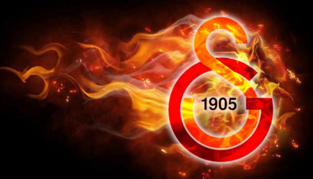 Galatasaray'ın yeni transferi Emre Mor İstanbul'a geldi