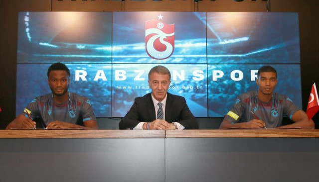 John Obi Mikel ve Ivanildo Fernandes Trabzonspor'la sözleşme imzaladı