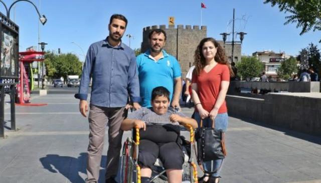 Şeyhmus Baran'ın hayalini Galatasaraylı Selçuk İnan gerçeğe çeviriyor