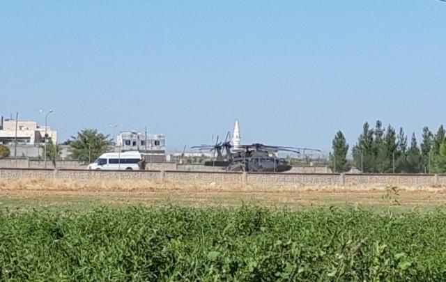 Sınırda hareketlilik ! ABD'ye ait 2 helikopter geldi