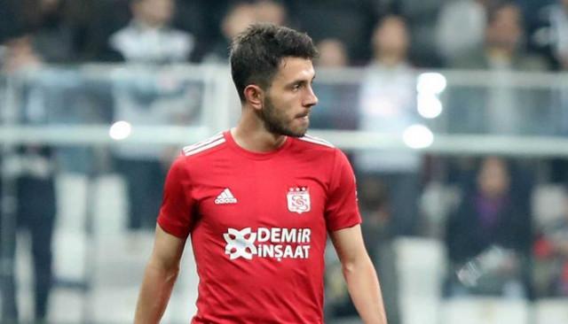 Sivasspor'da Emre Kılınç en az 2 hafta yok