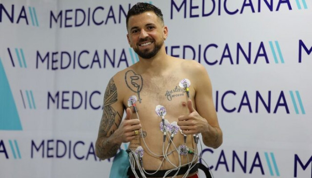 Sivassporlu Claudemir sağlık kontrolünden geçti