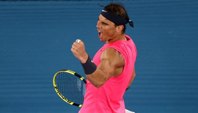 Avustralya Açık Tenis Turnuvası'nda Nadal, 4 set sonunda çeyrek finale çıktı