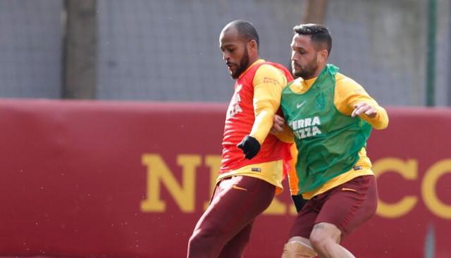 Galatasaray'a çifte müjde! Onyekuru ve Andone takımla çalıştı