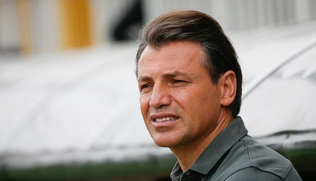 Antalyaspor Tamer Tuna ile imzaladı